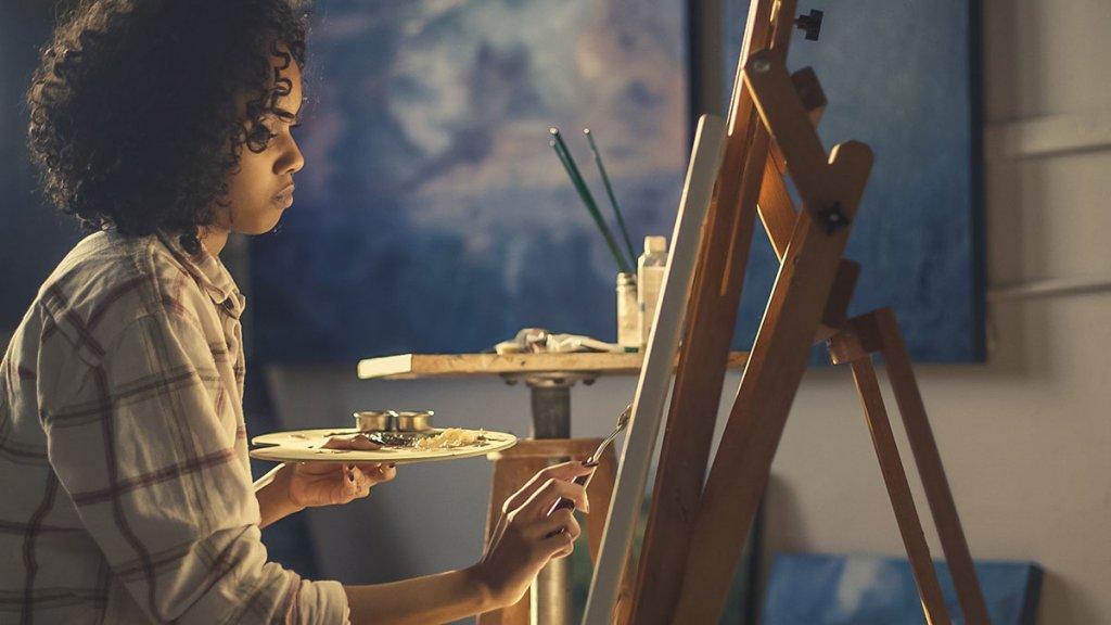 work from home as an artist
